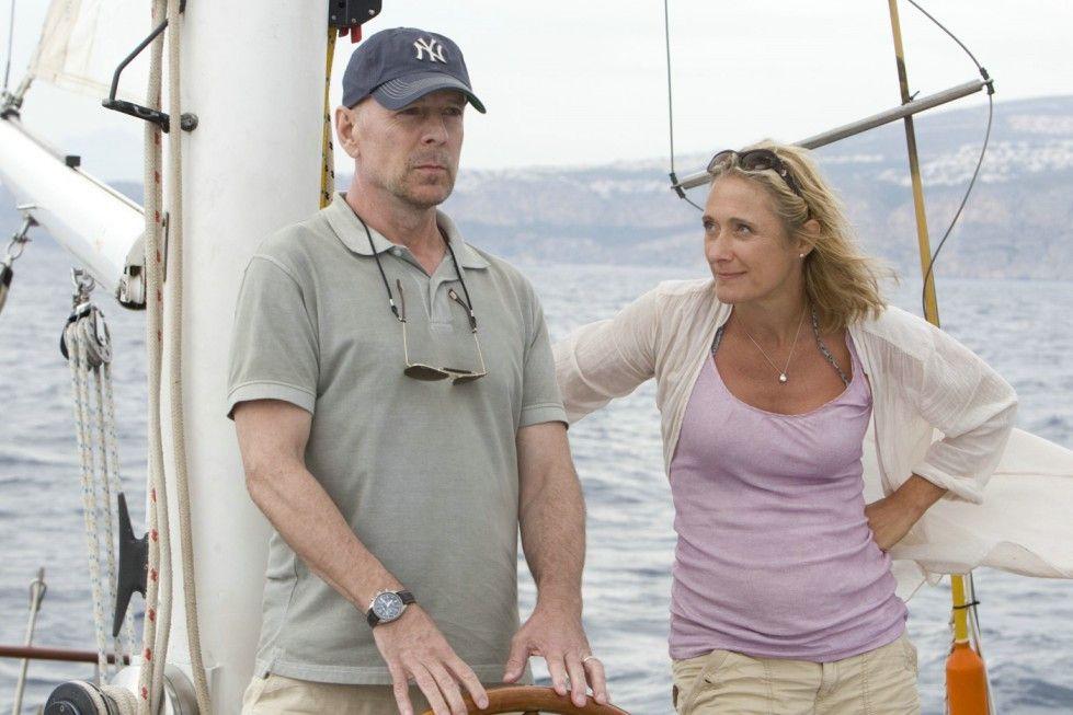 Noch ist der Skipper an Bord: Bruce Willis mit Caroline Goodall