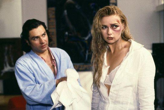 Marlene (Veronica Ferres) ist zu ihrem neuen Kollegen Moritz (Hansa Czypionka) geflüchtet