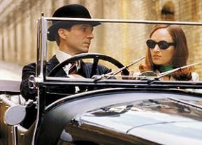 Ich fahre doch gar  nicht so schnell! Ralph Fiennes und Uma Thurman