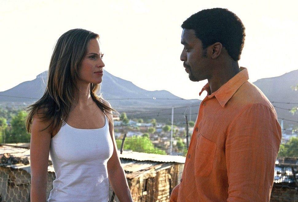 Steiniger Weg zur Wahrheit - Sarah (Hilary Swank) und Alex (Chiwetel Ejiofor)