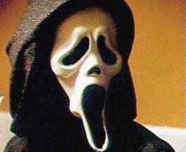 Wovor habt ihr Angst? Das ist doch nur 'ne doofe  Maske! Der Killer ist unterwegs