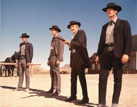 Das Schießen hört nie auf: James Garner (r.) als Wyatt  Earp