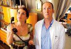 Da oben stimmt etwas nicht: Arno (Ulrich Noethen) und seine neue Nachbarin (Melika Foroutan)