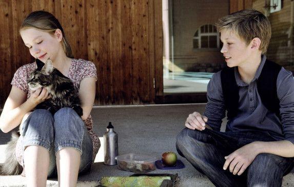 Clara (Ricarda Zimmer) hat nicht nur in Thomas (Damian Hardung) einen neuen Freund gefunden