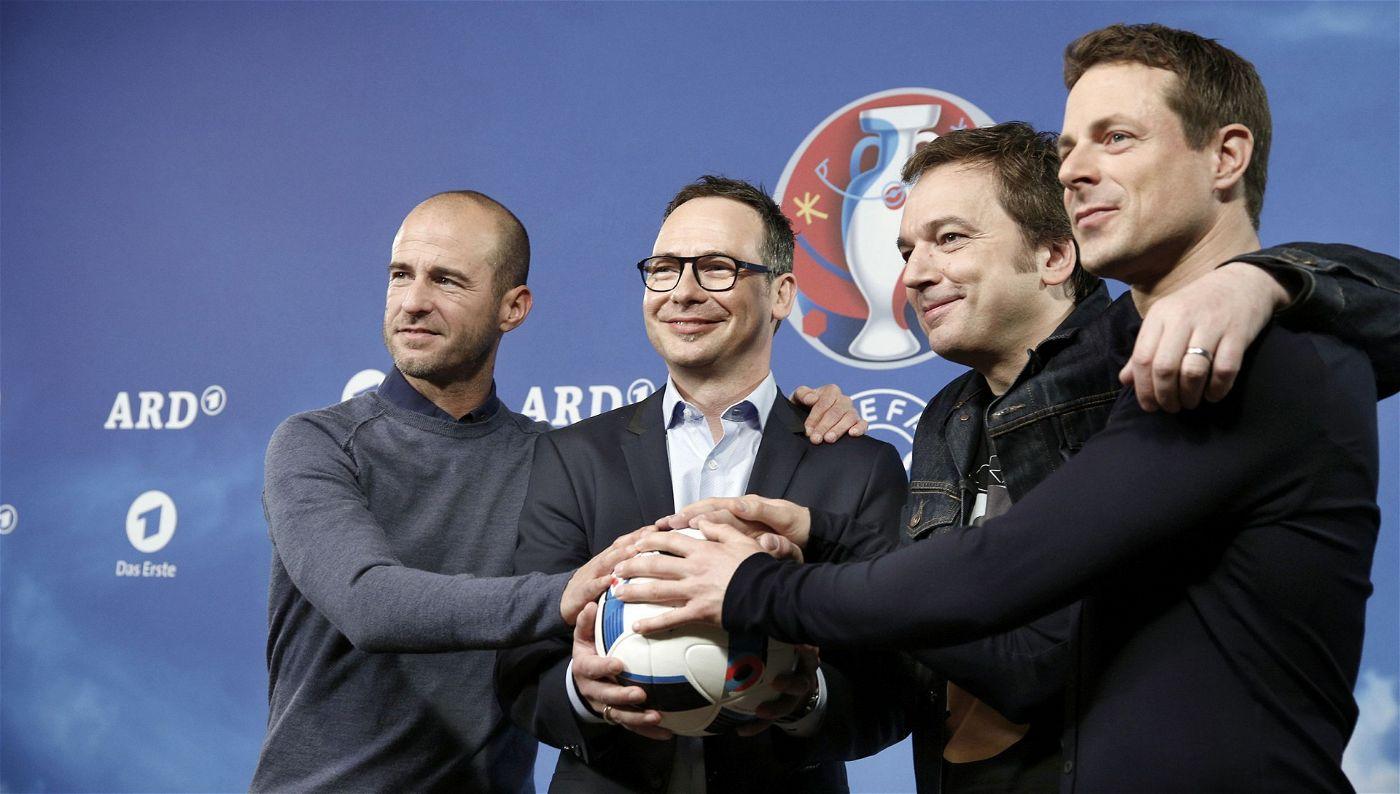 Das Team der ARD für die Euro 2016 in Frankreich: Mehmet Scholl, Matthias Opdenhövel, Arnd Zeigler und Alexander Bommes (v.l.n.r.).