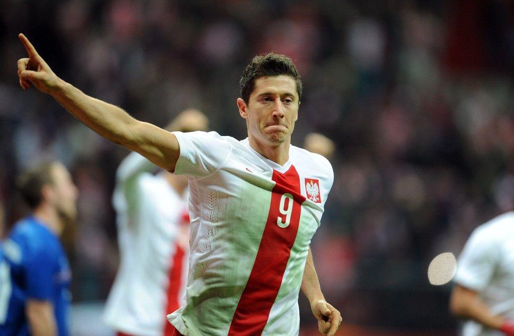 <p><b>Name</b>: Robert Lewandowski</p> <p><b>Nationalmannschaft</b>: Polen</p>