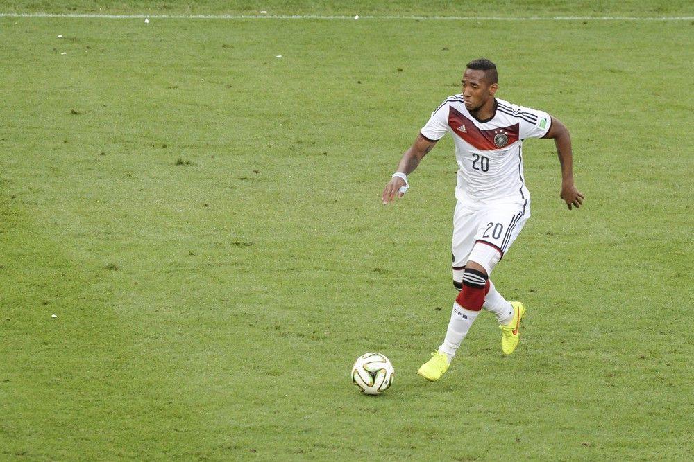 <p><b>Name</b>: Jerome Boateng</p> <p><b>Nationalmannschaft</b>: Deutschland</p>