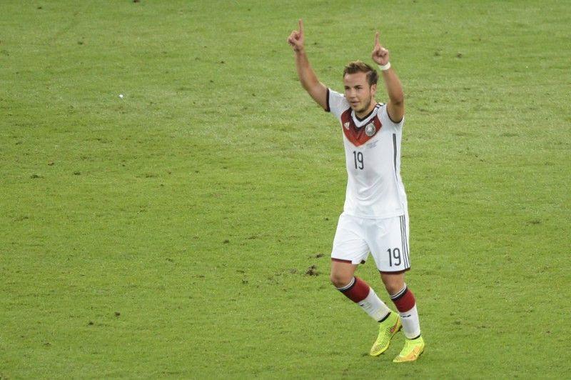<b>Rückennummer:</b> 19 <br> <b>Position:</b> Angriff <br> <b>Name:</b> Mario Götze <br> <b>Verein:</b> FC Bayern München