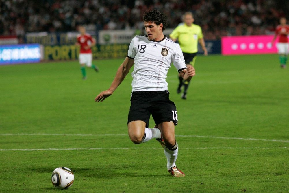 <b>Rückennummer:</b> 23 <br> <b>Position:</b> Angriff <br> <b>Name:</b> Mario Gomez <br> <b>Verein:</b> Beşiktaş Istanbul