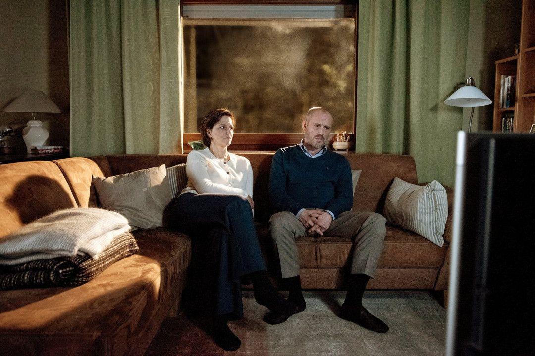 Helene (Martina Gedeck) ist in der scheiternden Ehe mit ihrem Mann Christoph (Johannes Krisch) gefangen.
