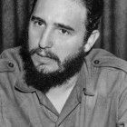 """Fidel Castro, die Schlüsselfigur der Kubanischen Revolution, in den 1950er JahrenZur ARTE-Sendung Kuba im globalen Spiel (1/2) (1): Kämpfer Fidel Castro, die Schlüsselfigur der Kubanischen Revolution, in den 1950er Jahren © Sergio Del Grande/Mondadori/Getty Images Foto: ARTE France Honorarfreie Verwendung nur im Zusammenhang mit genannter Sendung und bei folgender Nennung """"Bild: Sendeanstalt/Copyright"""". Andere Verwendungen nur nach vorheriger Absprache: ARTE-Bildredaktion, Silke Wölk Tel.: +33 3 90 14 22 25, E-Mail: bildredaktion@arte.tv"""