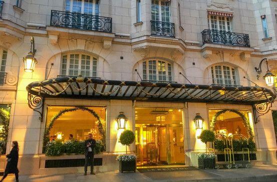 """Das Palasthotel Le Bristol im 8. Arrondissement von Paris wird wegen seiner Diskretion auch """"Hotel des Schweigens"""" genannt."""