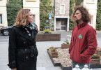 Eva (Claudelle Deckert) sagt Luke (Jakob Graf) auf den Kopf zu, dass er es auf Sinas Geld abgesehen hat. Die Verwendung des sendungsbezogenen Materials ist nur mit dem Hinweis und Verlinkung auf TVNOW gestattet.