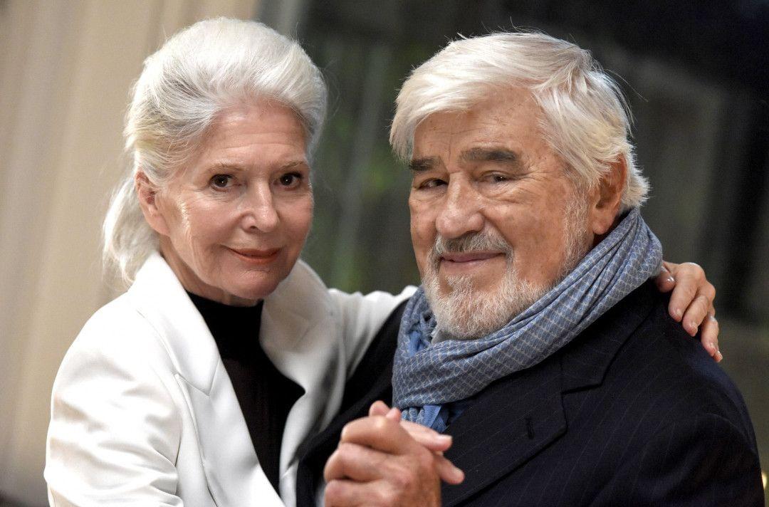 Lilo (Christiane Hörbiger) und der Charmeur Roland (Mario Adorf) nehmen einen zweiten Anlauf.
