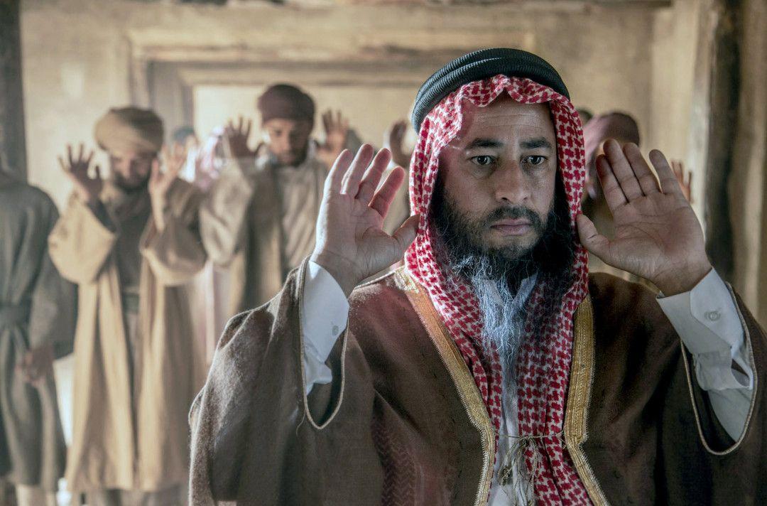 Muhammad Ibn Abd al-Wahhab beim Gebet in der Moschee