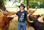 Rinderzüchter Lutz (52) aus Sachsen+++ Die Verwendung des sendungsbezogenen Materials ist nur mit dem Hinweis und Verlinkung auf TVNOW gestattet. +++