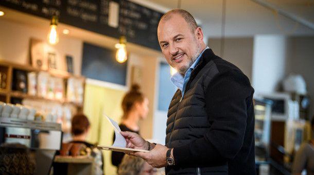(11. Staffel) - Frank Rosin räumt auf in Deutschlands Restaurants. Der Sternekoch hat nur einige Tage Zeit, um die Gastrobetriebe wieder auf Vordermann zu bringen. Wird ihm das gelingen?