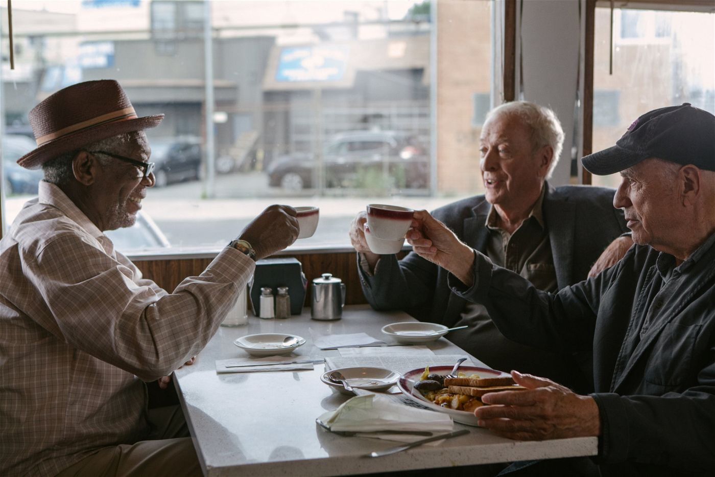 (v.l.n.r.) Willie Davis (Morgan Freeman); Joe Harding (Michael Caine); Albert Garner (Alan Arkin)