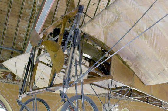 Mit fliegender Kiste über den Kanal: Louis Blériot