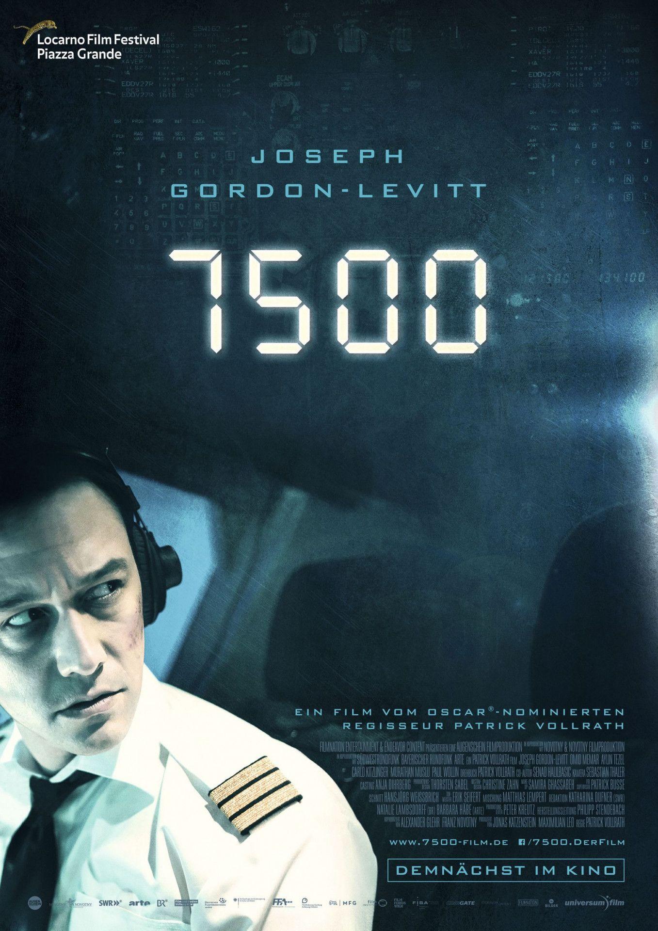 """In seinem Flugzeugthriller """"7500"""" konfrontiert Patrick Vollrath einen Kopiloten an Bord einer Passagiermaschine mit einem terroristischen Angriff."""