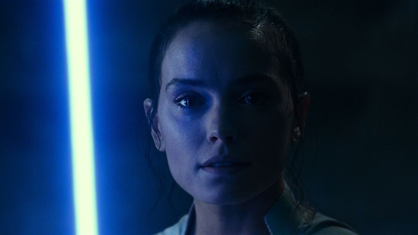 Rey (Daisy Ridley) muss sich alten und neuen Dämonen stellen.