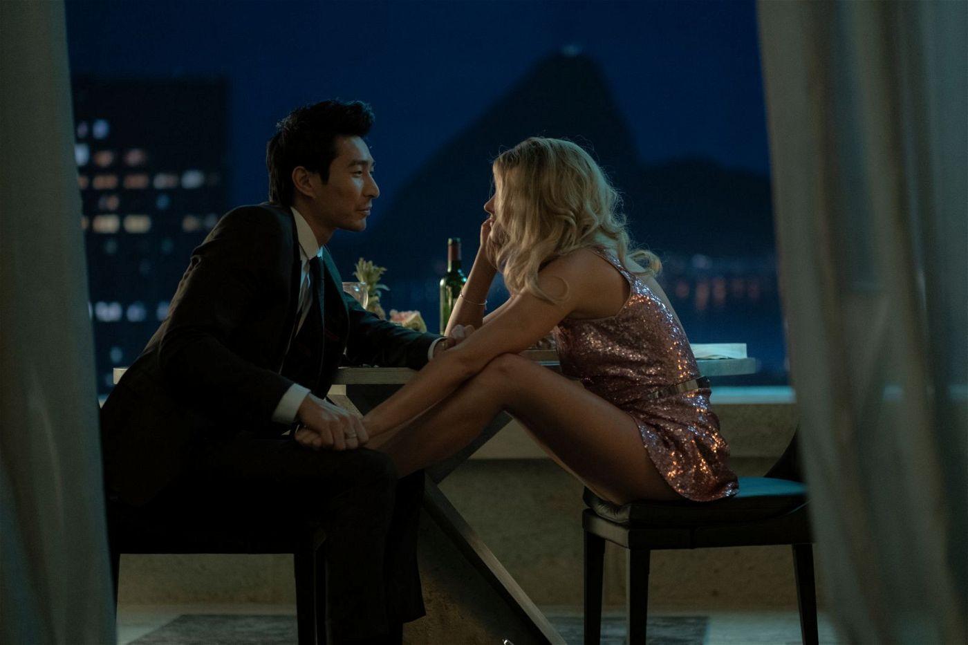 Sabina (Kristen Stewart) kann es kaum erwarten, Macho-Bösewicht Jonny (Chris Pang) eine Lektion zu erteilen.