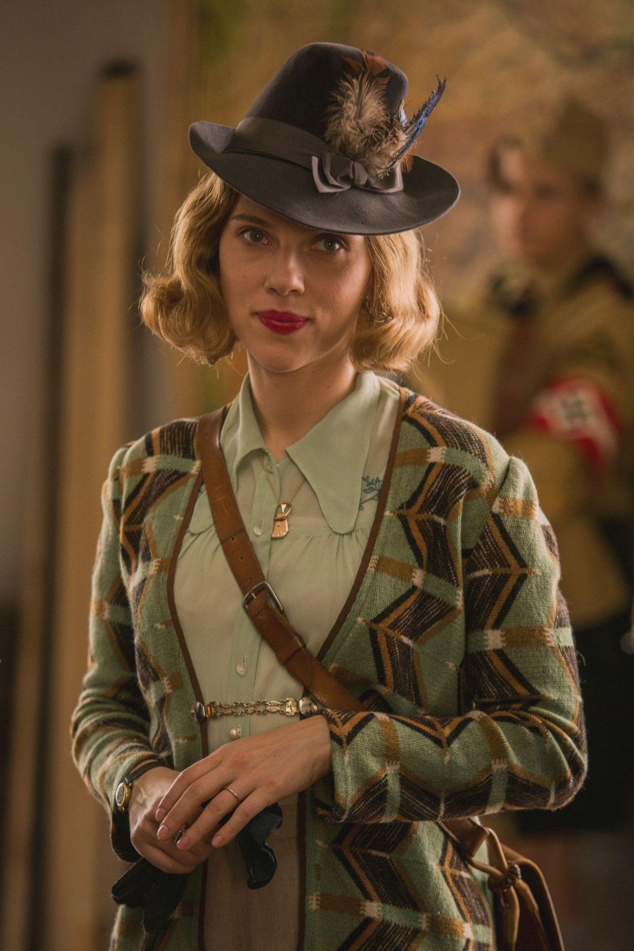 Jojos Mutter Rosie (Scarlett Johansson) ist überzeugte Kommunistin.