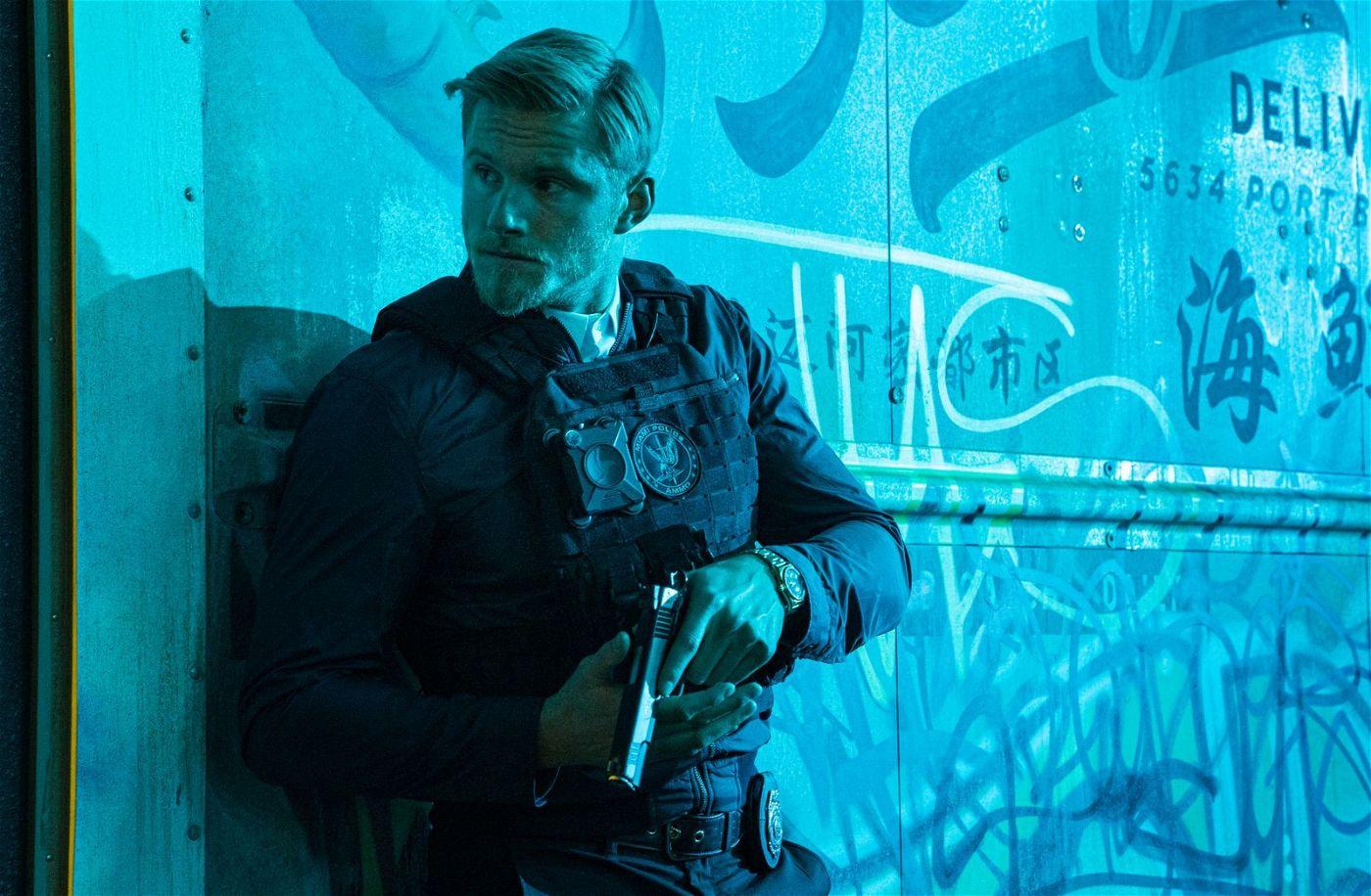 Polizist Dorn (Alexander Ludwig) ist ein Technik-Freak, der aber auch mal ganz konventionell ermittelt.