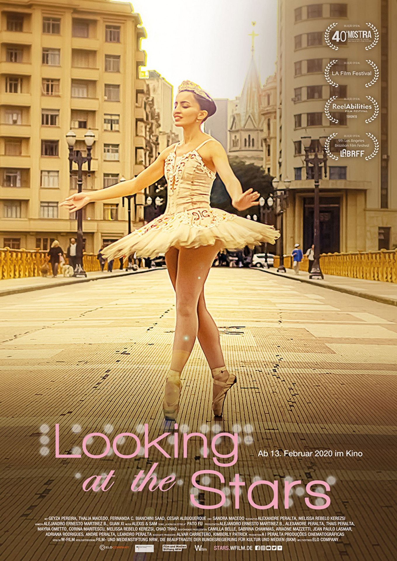 """Der brasilianische Dokumentarfilm """"Looking at the Stars"""" zeigt die weltweit einzige Ballettschule für blinde Menschen."""