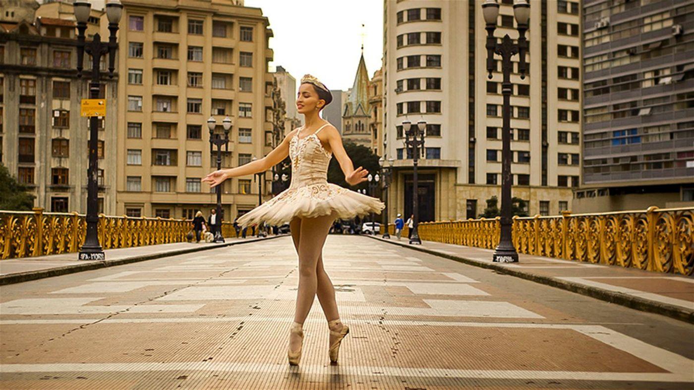 Die blinde Ballerina Geyza Pereira lebt ihren Traum vom Tanzen.
