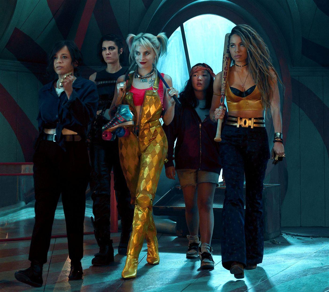 Geballte Frauenpower: In Gotham City haben (von links) Renee Montoya (Rosie Perez), Huntress (Mary Elizabeth Winstead), Harley Quinn (Margot Robbie), Cassandra Cain (Ella Jay Basco) und Black Canary (Jurnee Smollett-Bell) das Sagen.