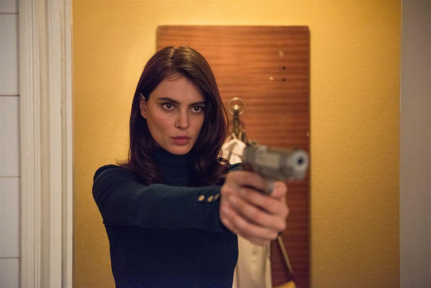 Gilda (Catrinel Marlon) trägt den Namen eines Film-noir-Klassiker von Charles Vidor und benimmt sich auch so: wie eine tödliche Femme fatale.