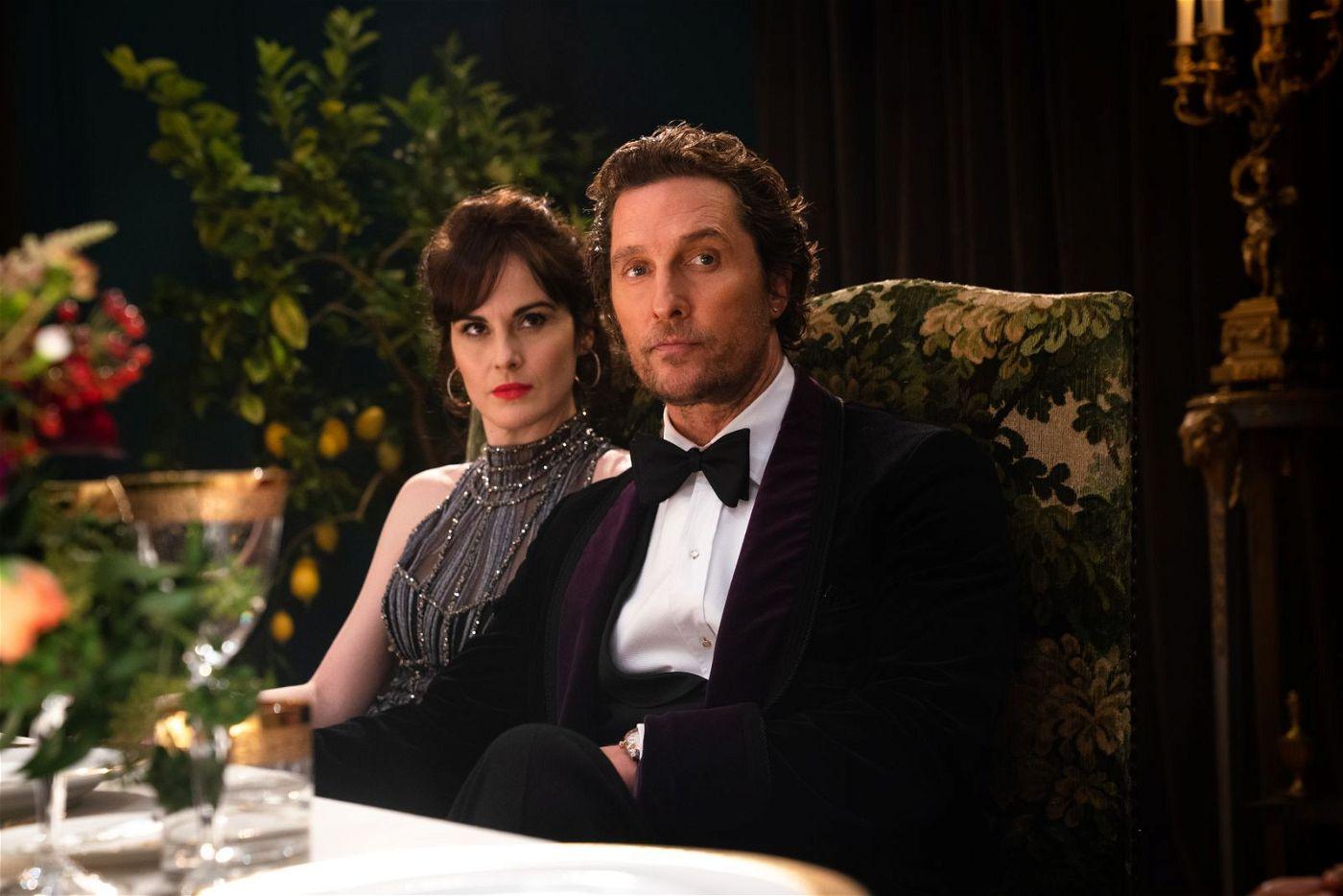 Rosalind (Michelle Dockery) und Mickey Pearson (Matthew McConaughey) genießen das Leben in der Londoner High Society.
