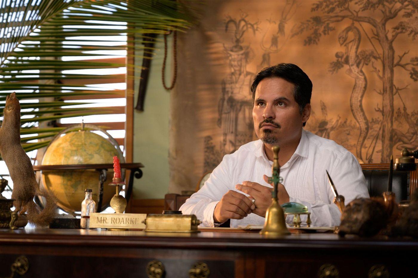 Der mysteriöse Hoteldirektor Mr. Roarke (Michael Peña) erfüllt seinen Besuchern ihren Wunsch - ob sie wollen oder nicht.