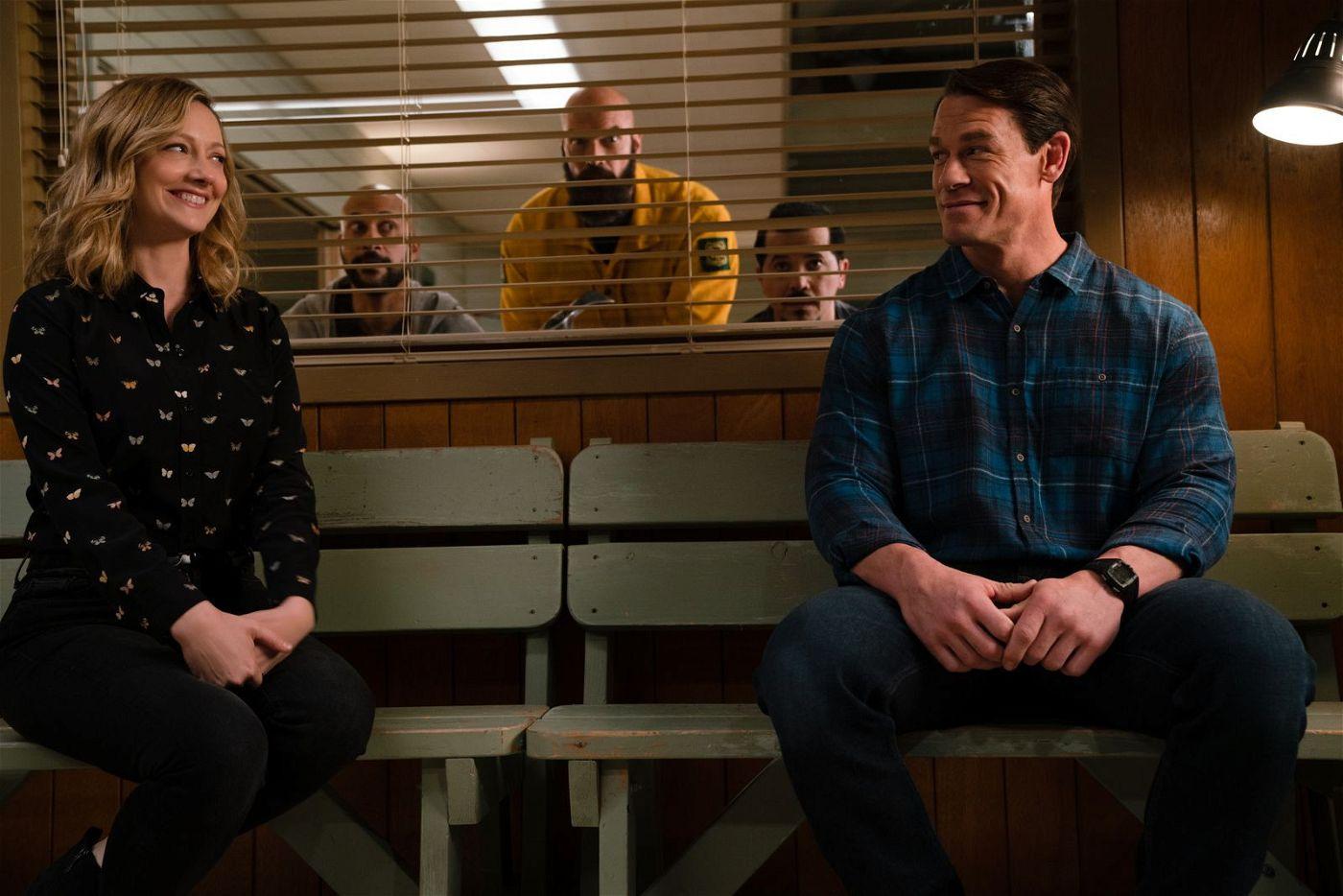 Ob das noch was wird zwischen Dr. Amy Hicks (Judy Greer) und Jake (John Cena, rechts)? Die Elite-Einheit (von links: Keegan-Michael Key, Tyler Mane, John Leguizamo) beobachtet gespannt das Geschehen.