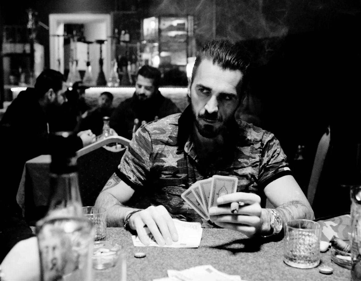 """""""Man from Beirut"""" ist eine Gangstergeschichte, die vor allem mit grandiosen Bildern überzeugt."""