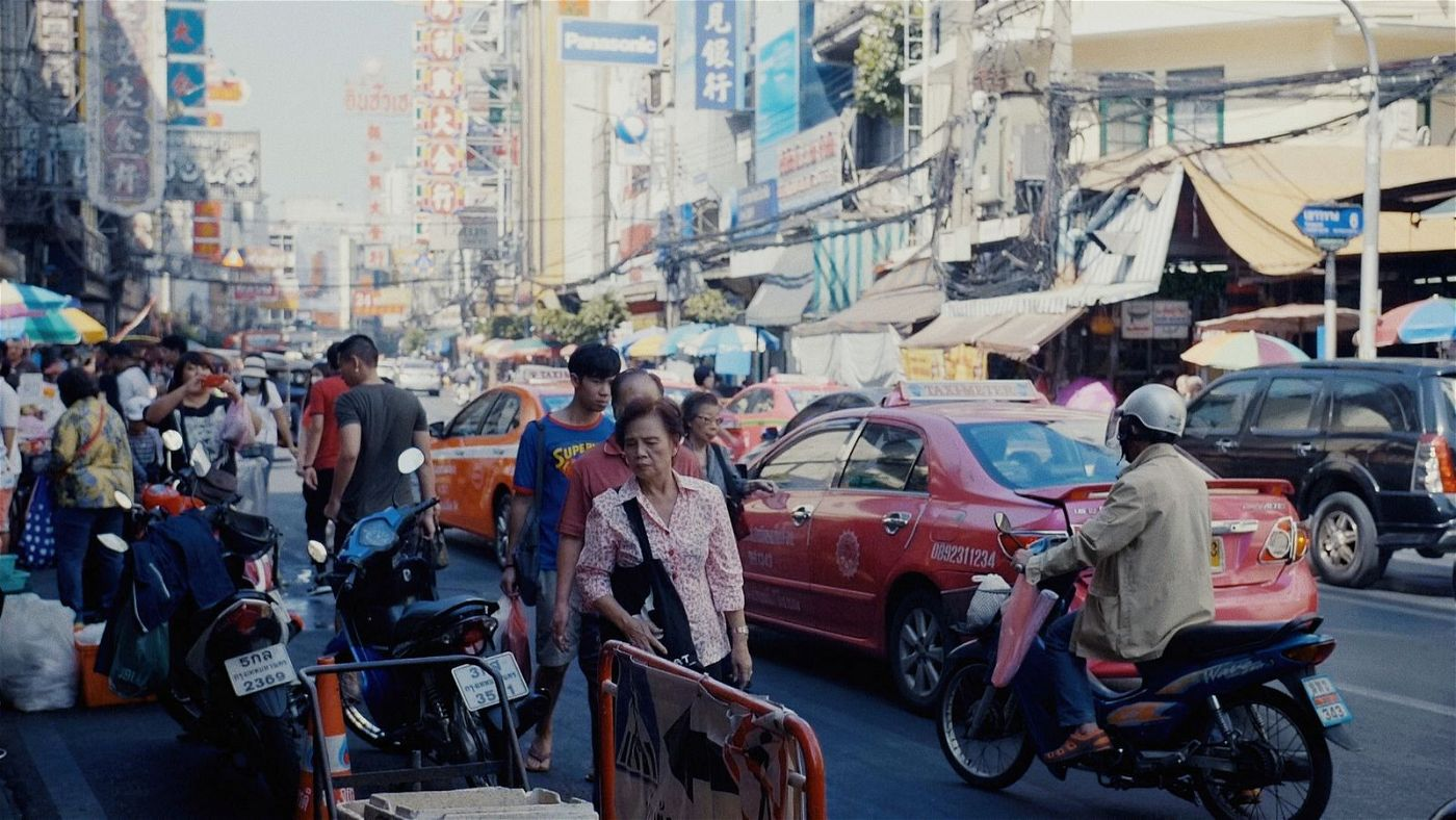 In Thailand ist das Gedränge groß auf den Straßen.