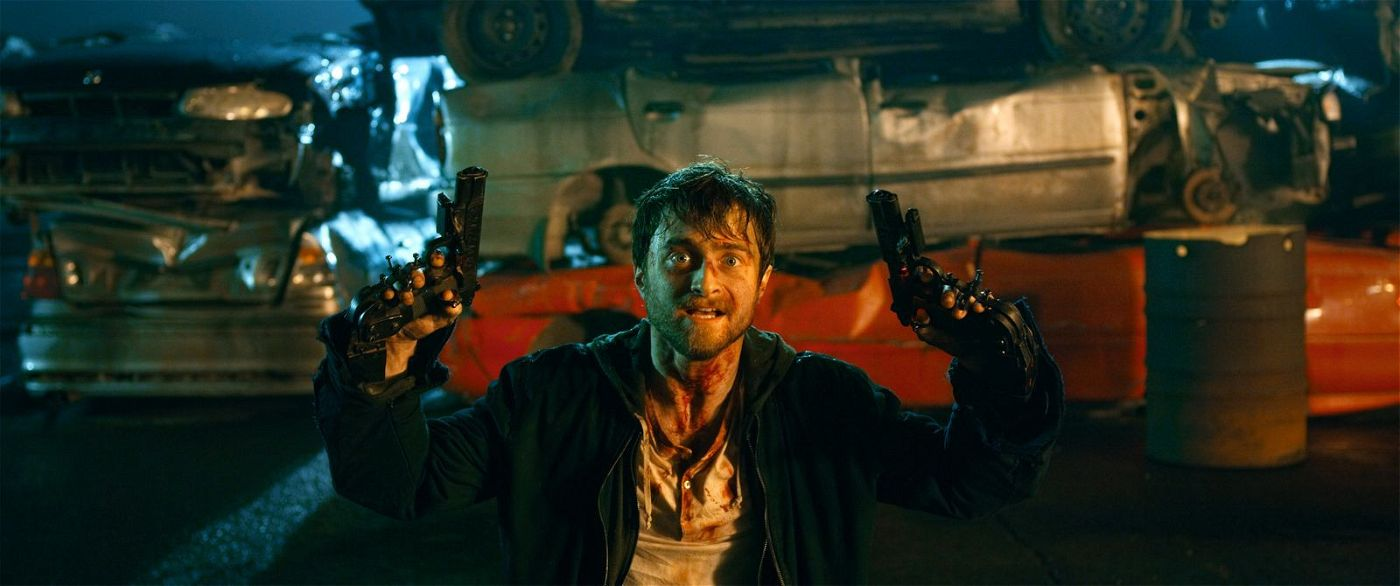 Auf einem Schrottplatz gerät Miles (Daniel Radcliffe) in einen Bandenkrieg.