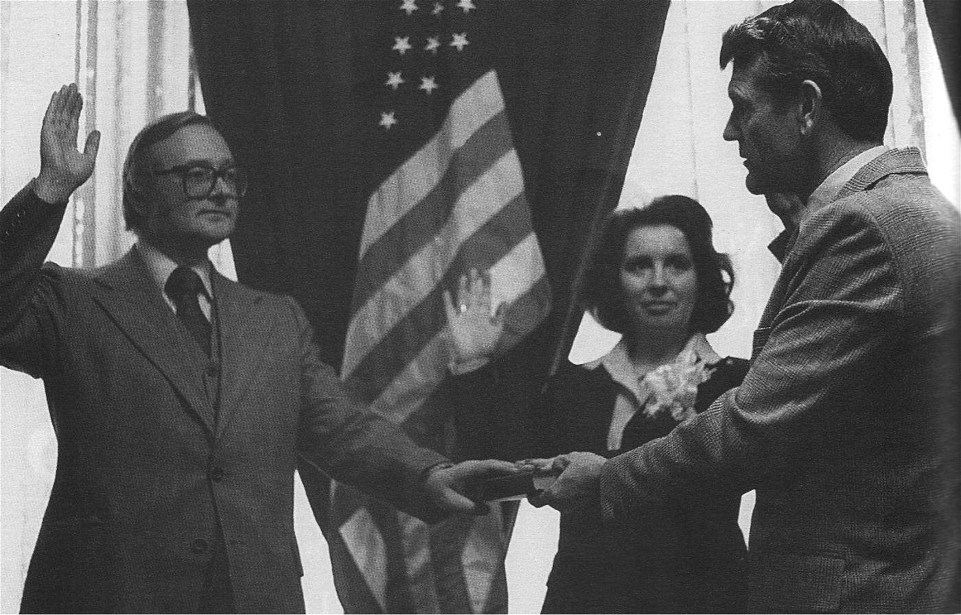 Mitte der 70er-Jahre wurden Imants Lesinskis (links) und seine Tochter US-Bürger.