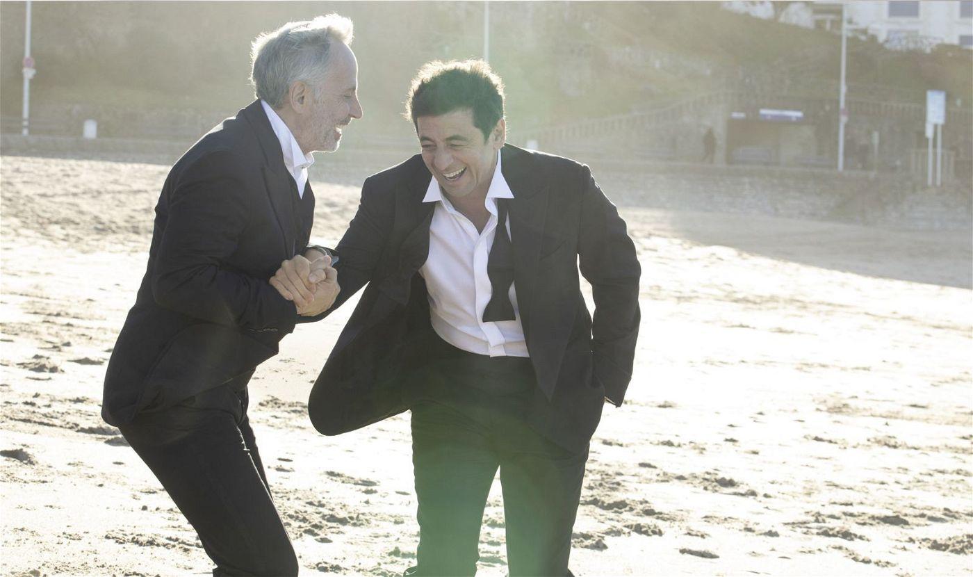 Arthur (Fabrice Luchini, links) und César (Patrick Bruel) kennen sich seit vielen Jahren und sind noch immer beste Freunde.