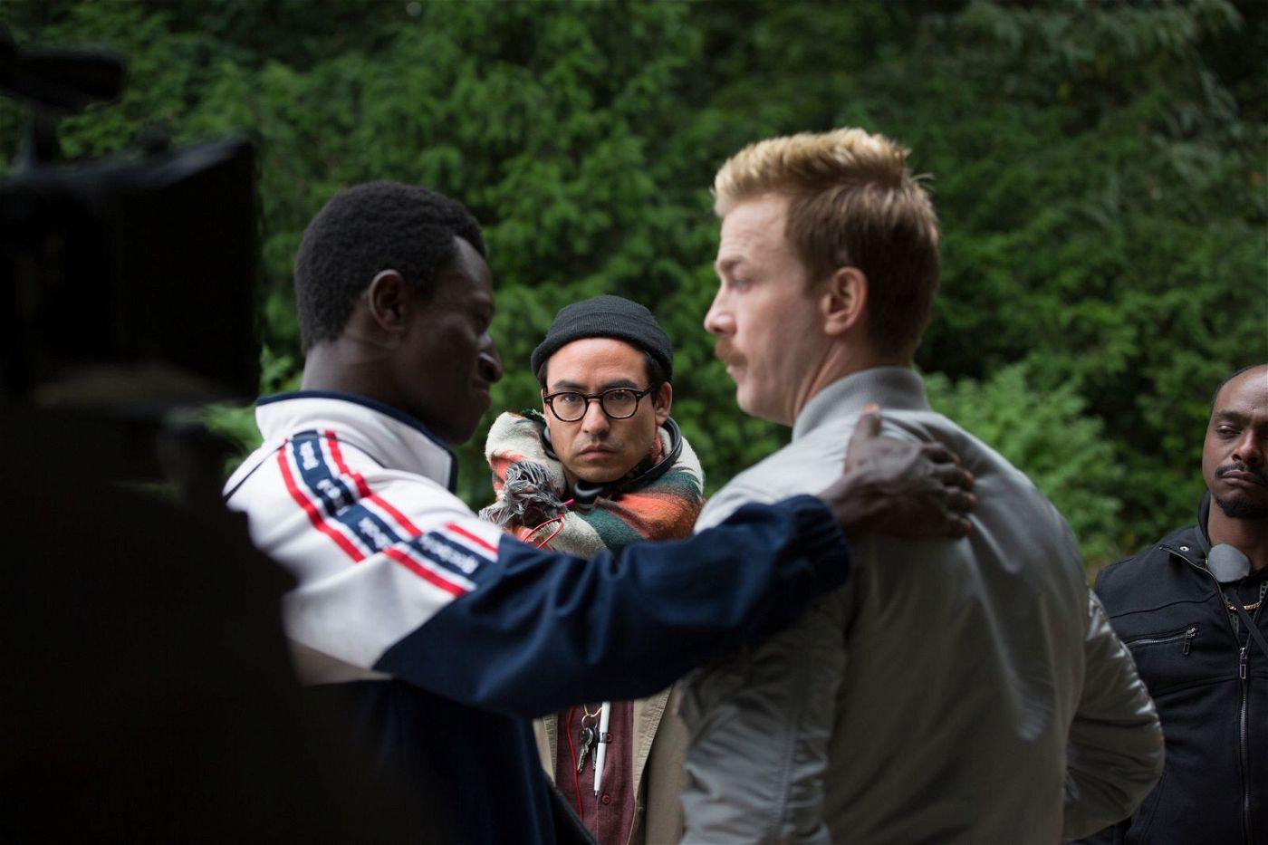 Regisseur Burhan Qurbani (Mitte) hat mit Welket Bungué (links) und Albrecht Schuch zwei geniale Hauptdarsteller gefunden.