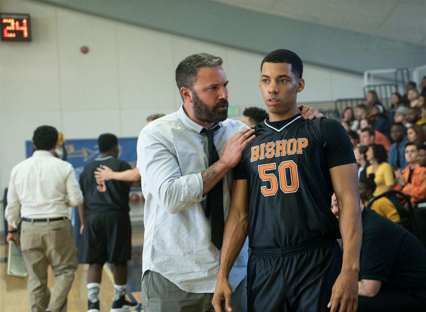 Jack (Ben Affleck, links) geht in seiner neuen Rolle als Trainer auf.