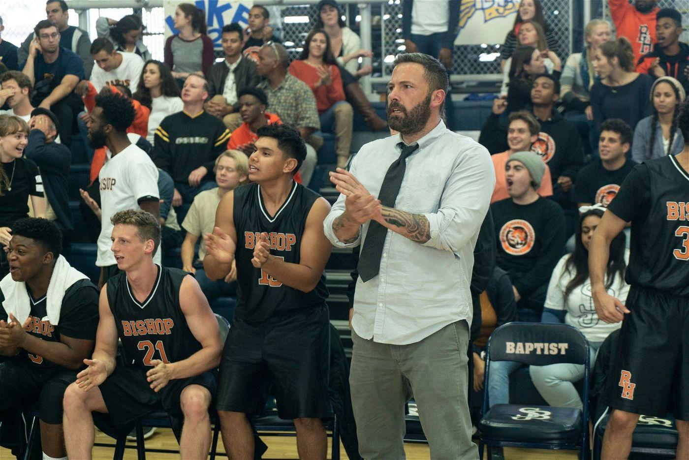 Jack (Ben Affleck) kehrt als Trainer an die Schule zurück, an der er einst als Basketball-Star gefeiert wurde.