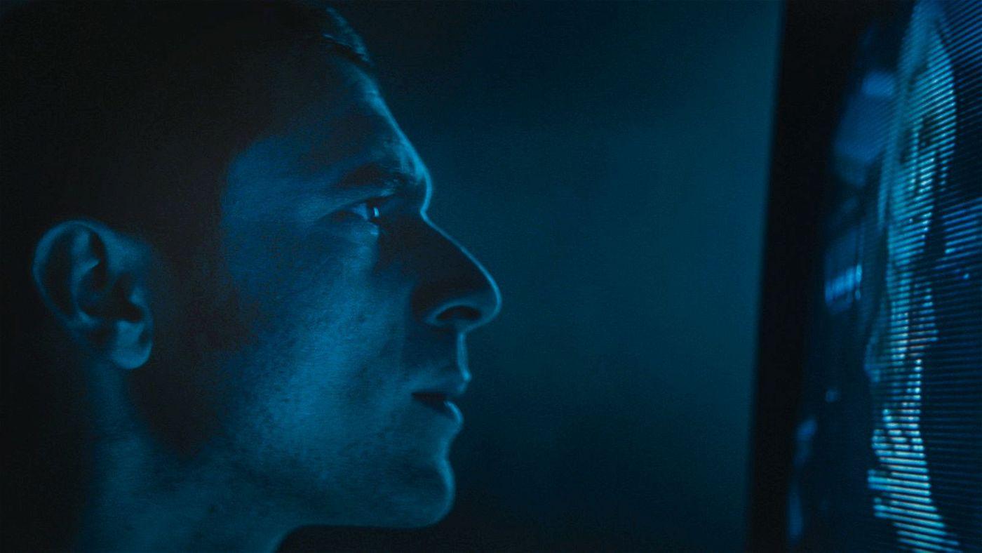 Yakov (Dave Davis) macht unheimliche Entdeckungen.