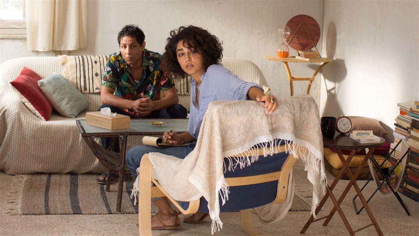 Raouf (Hichem Yacoubi) kommt regelmäßig zu Selma (Golshifteh Farahani), um mit ihr seine Probleme zu besprechen.