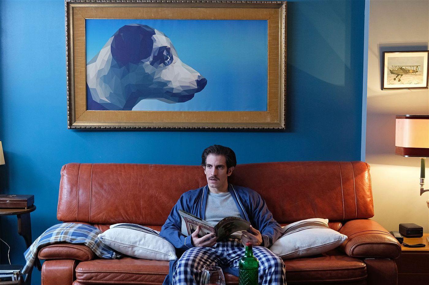 Emilio (Quim Gutiérrez) ist von Hunden so sehr fasziniert, dass er auch seine Freundin zwingt, sich wie ein Tier zu benehmen.