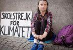 """Mit ihrem ikonischen Schild """"Schulstreik fürs Klima"""" demonstriert Greta Thunberg weltweit für mehr Anstrengungen im Kampf gegen den Klimawandel."""