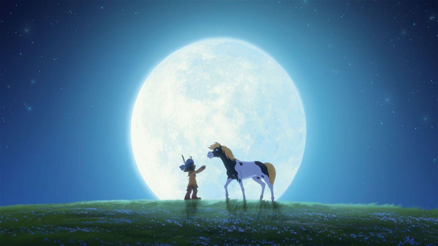 Wer die Serie kennt, weiß, dass Yakari und das Pony Kleiner Donner die besten Freunde werden. Doch im Kinofilm müssen sie sich zunächst noch kennenlernen.